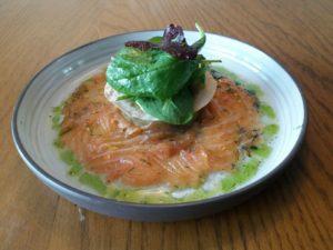 pianovins_Saumon mariné caviar d'aubergine au romarin
